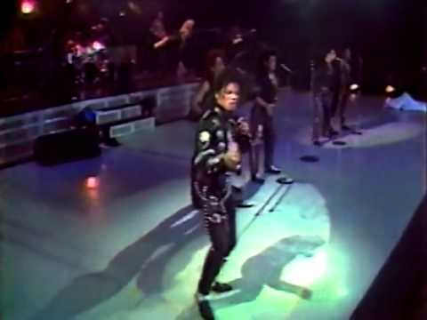 Michael Jackson - Wanna Be Startin' Somethin' - July 14th 1988