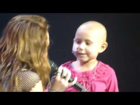 Miley Cyrus - The Climb LIVE