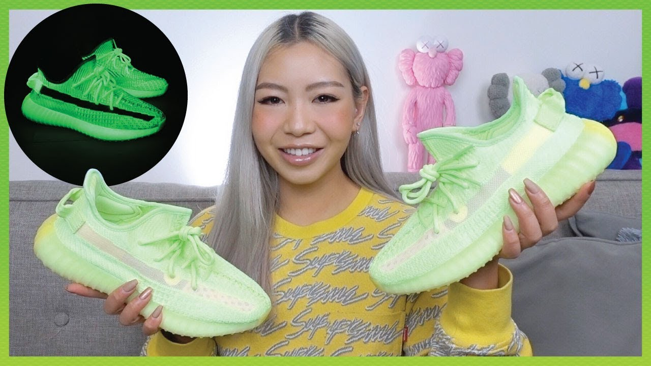 YEEZY BOOST 350 V2 GLOW | Review + How
