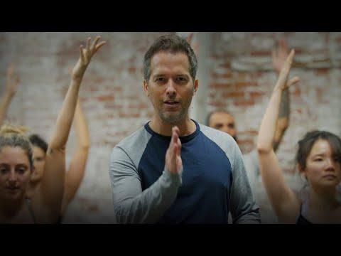 "60min. Power Yoga ""Winter Ayurveda"" with Travis Eliot"