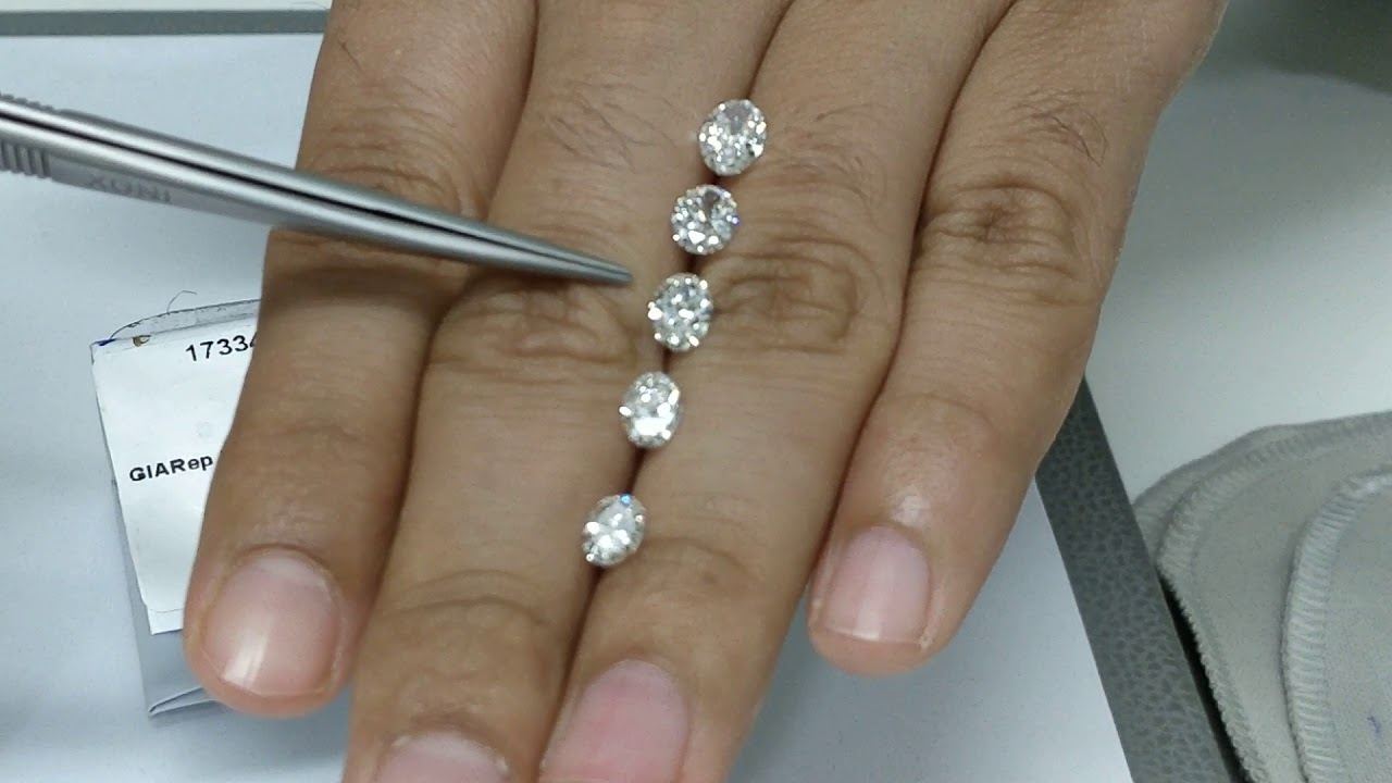 Oval Diamond 0 9 0 8 0 7 0 6 0 5 Ct Size Compare On Hand Live