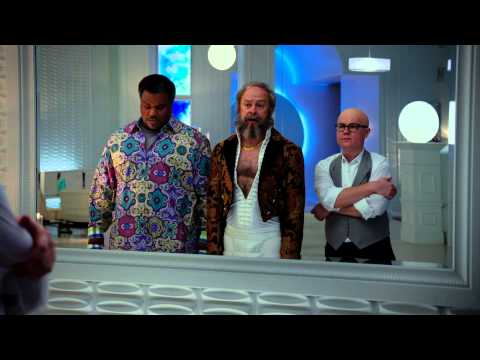 Hot Tub Time Machine 2 | Clip: Mirror | Paramount Pictures International