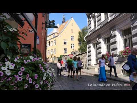 Tallinn , Estonie , Un tour dans la vielle ville ( Ultra 4K)