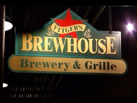 On The Road, Fitger's Brewhouse Cattle, Brewery & Grille, Duluth Minnesota,  Dj