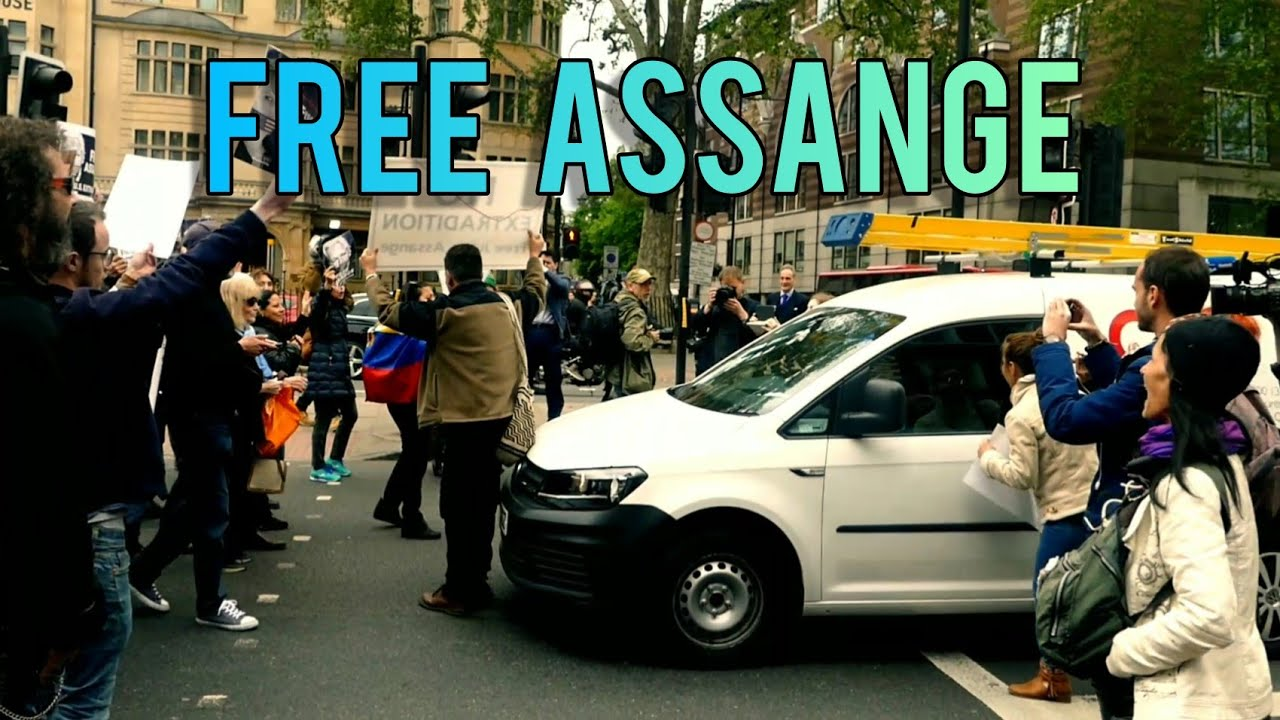 Julian Assange | Protesters Stop Traffic Outside Court | 2019