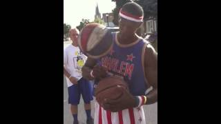 Ball God In Buffalo(Harlem Globe Trotter)