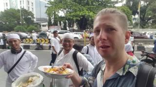 Eating Somay street food from the back of a bicycle in Jakarta Indonesia #vlog and #travel