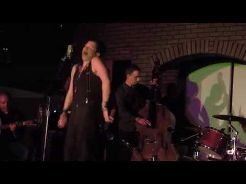 "JAY BUCHANAN PERFORMS ""ROLL WITH ME"" LIVE IN LONG BEACH - 10/24/2014"