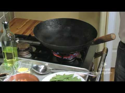 Video Recipe: Snow Pea & Carrot Stir Fry