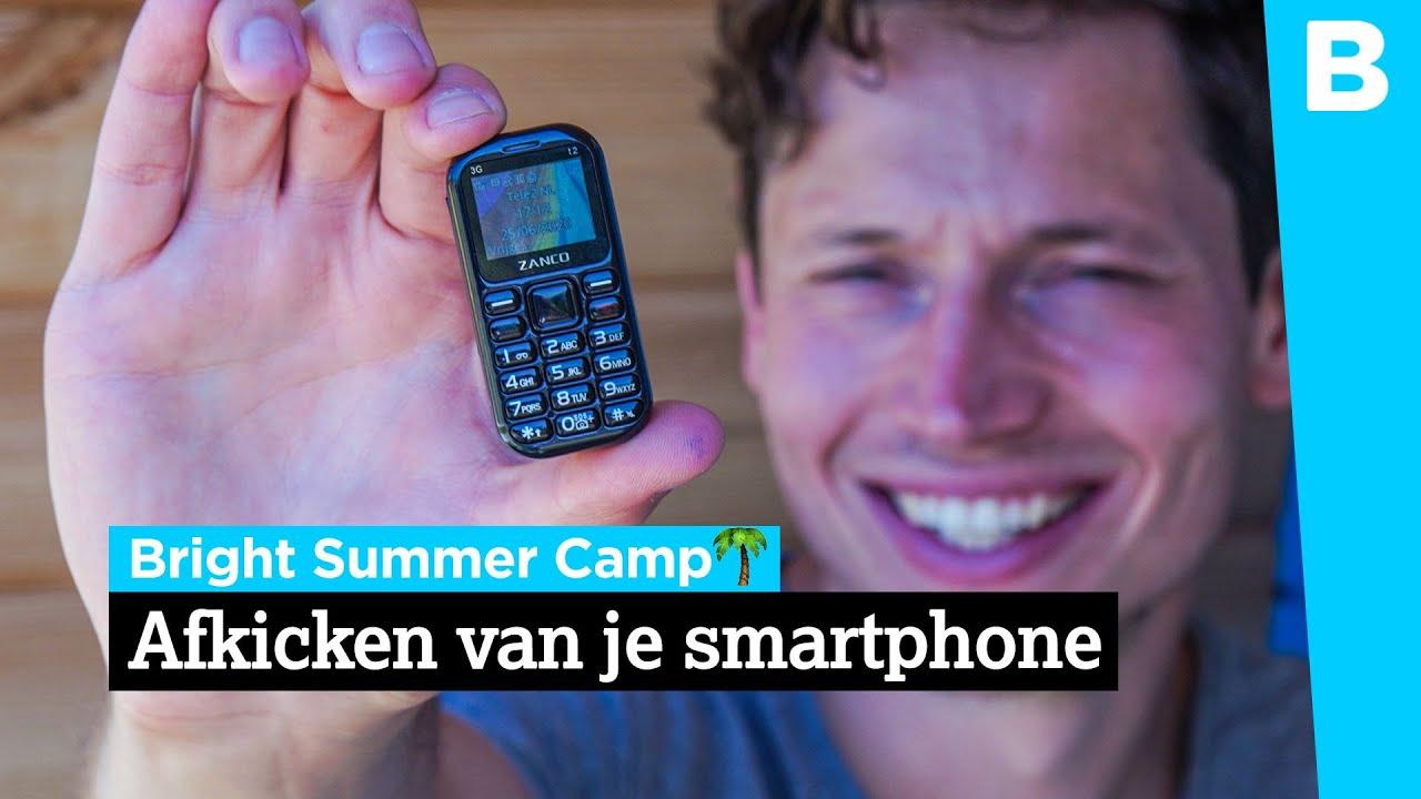 Zo blijf je van je smartphone af op vakantie