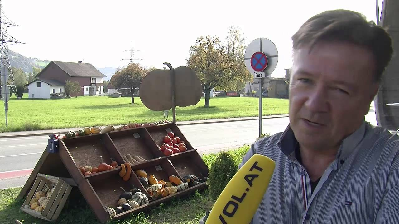 Tankstellenchef stellt diebe in flagranti youtube for Alexander jehle