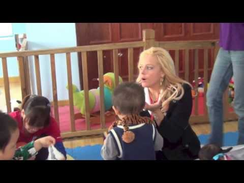 Recording Artist Heather Schmid touring China, Shanghai and Charity Orphanage