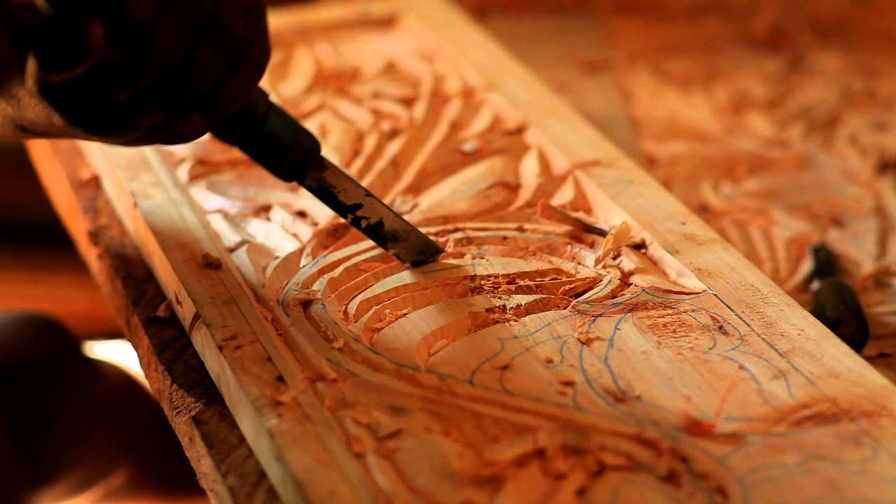 How to work a chisel on wood 64