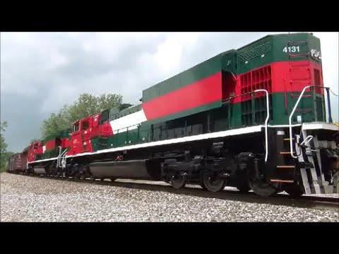 Brand New Ferrosur EMD SD70ACe locomotives NS train 326 New Haven ...