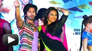 Saree Ke Fall Sa Song - Sonakshi & Shahid Dance Performance