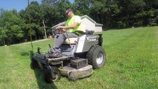 Dixie Chopper - Dixie Chopper Lawnmower Mowing Lawn