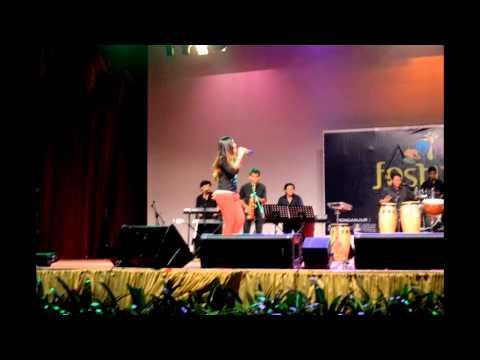 Eeza Zainal and The Band at Festival Budaya UiTM 2014