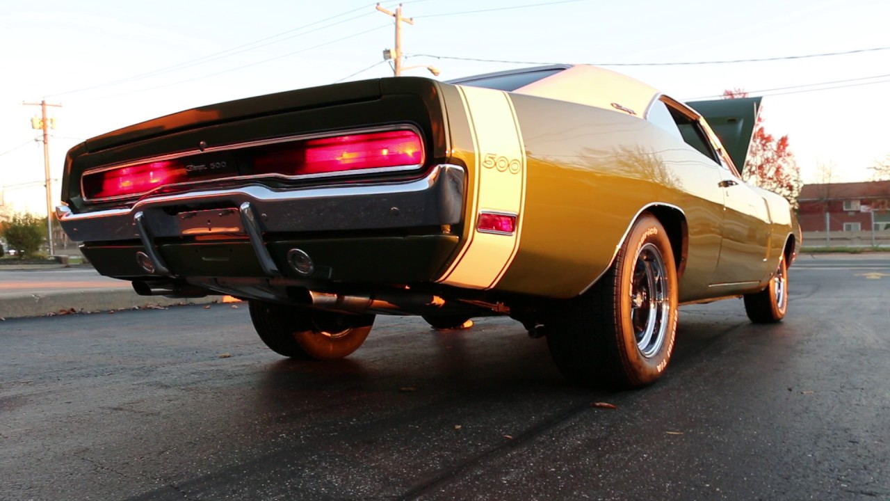 Review and Test Drive in a 1970 Dodge Charger 500 For Sale~Rebuilt 440~Completely Restored