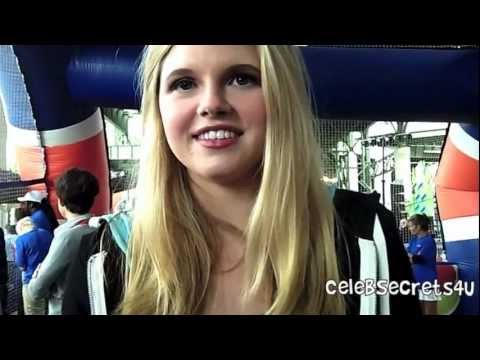 Ana MulvoyTen : House of Anubis Season 3 COMING SOON!