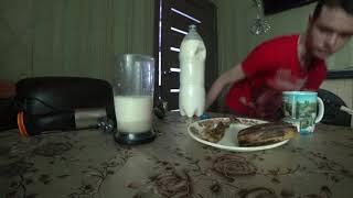 Как сделать вкусный молочный коктейль с бананом #2 Рецепт!