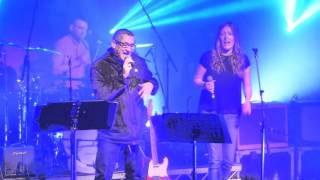 Paul Heaton & Jacqui Abbott - Five Get Over Excited - Live @ Colne Muni - 28-10-2015
