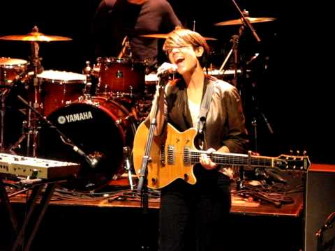 7/21 Tegan & Sara - Sara's Songs For Tegan + Arrow @ Grand Theatre, Calgary, AB 7/08/11