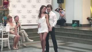 Очень красивый и нежный свадебный танец