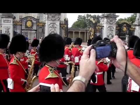 London Changing of the Guard Parade at Buckingham Palace!