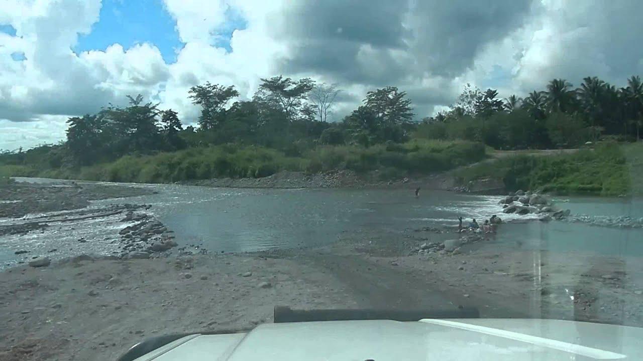 Popondetta Airport Road Papua New Guinea - YouTube