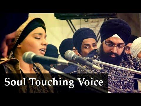 (Soul Touching Voice)Sun Benti Meri -Bibi Parampreet Kaur Ji Delhi Akj
