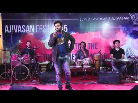 Ameya Date performing at Ajivasan Fest, 2015