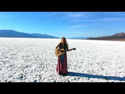 Lena Deluxe // acoustic in Death Valley // Shangri-Las cover