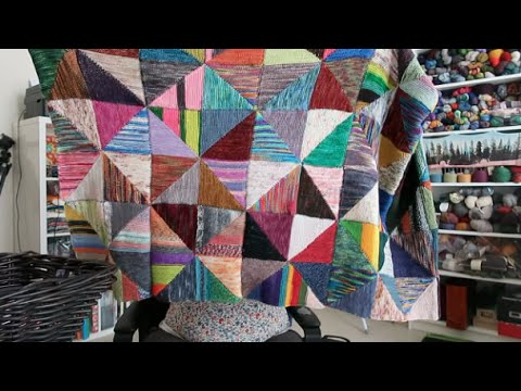 Knitting Expat - Episode 76 - Back in Bahrain & Chatty As Ever!
