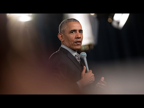 Does Trump Really Want A Fight With Obama? l FiveThirtyEight Politics Podcast