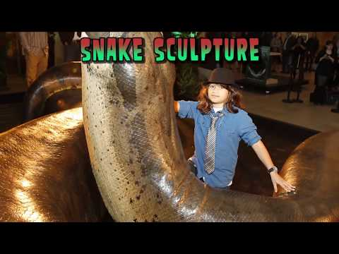 Thumbnail: Biggest Snake in the World!