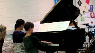 Video chipmunk holiday piano recital 2012 download MP3, 3GP, MP4, WEBM, AVI, FLV Mei 2018