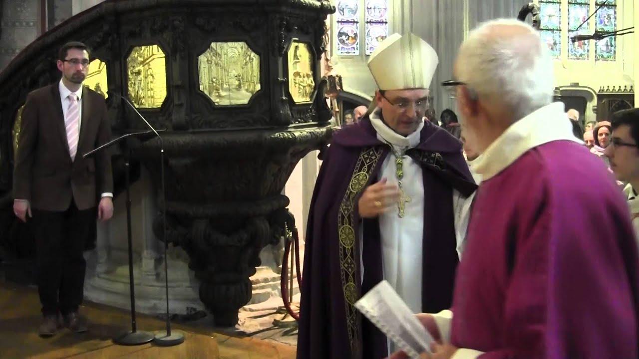 Revivez l 39 ouverture de la porte sainte dans le dioc se de for L encadrure de la porte