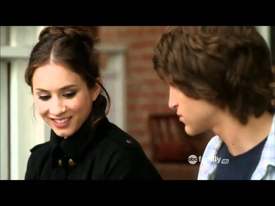 Pretty Little Liars 1x16 Je Suis Un Amie Spencer And Toby Scenes Youtube