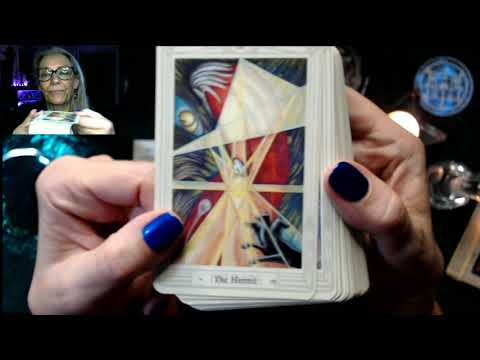 Unboxing The Classics: Aleister Crowley Thoth Tarot