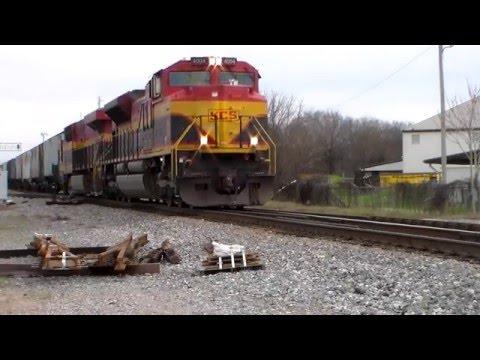 KCS 4004 & 4837 Head West in Monroe,Louisiana