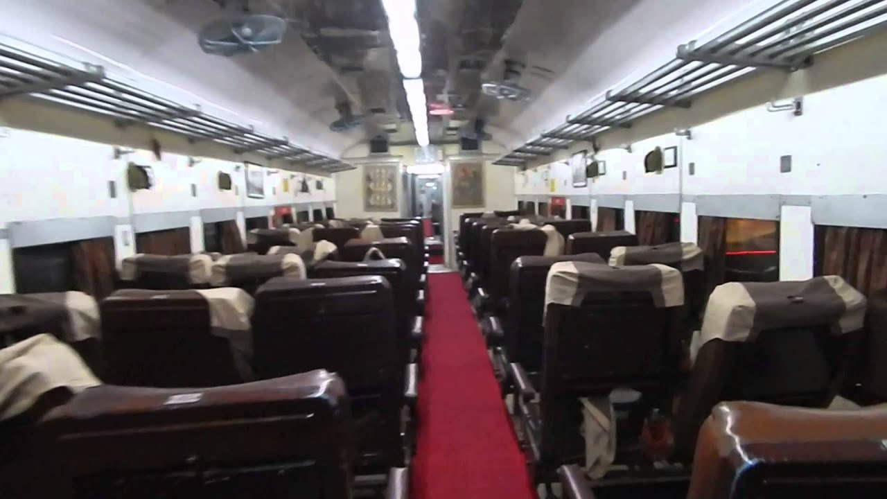 Inside Ac Chair Car Of Deccan Queen Indian Railway Youtube