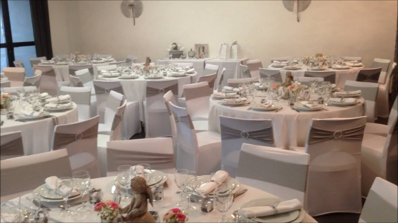 Decoration salle de reception mariage mary d arvigny bapteme theme anges et plumes blanc et gris - Decoration bapteme theme ange ...