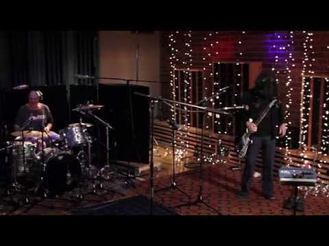 In Session: Dinosaur Jr. - Training Ground