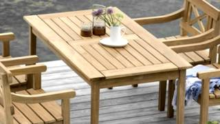 Traditional Outdoor Furniture