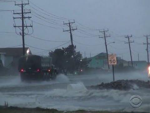 Leaving thousands in the dark, Hurricane Arthur slams North Carolina