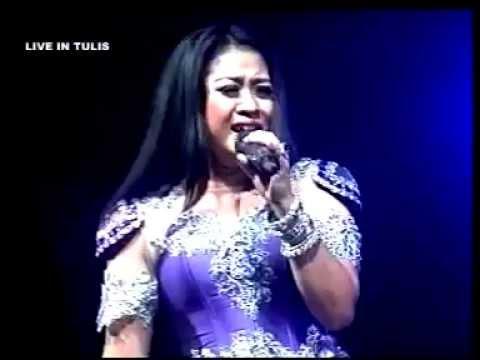 Bulan Separuh   Lilin Herlina   New Pallapa Tulis Batangan Pati 2015