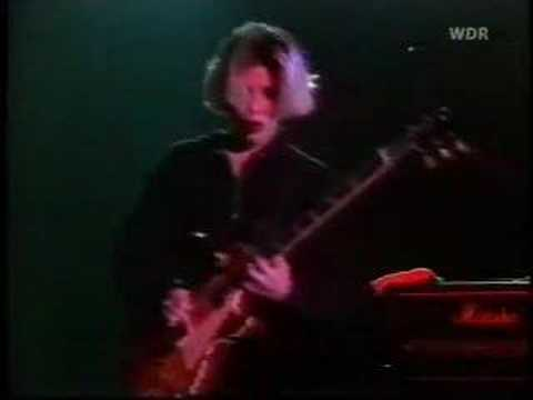 throwing-muses-hook-in-her-head-live-1991-yell0wsky