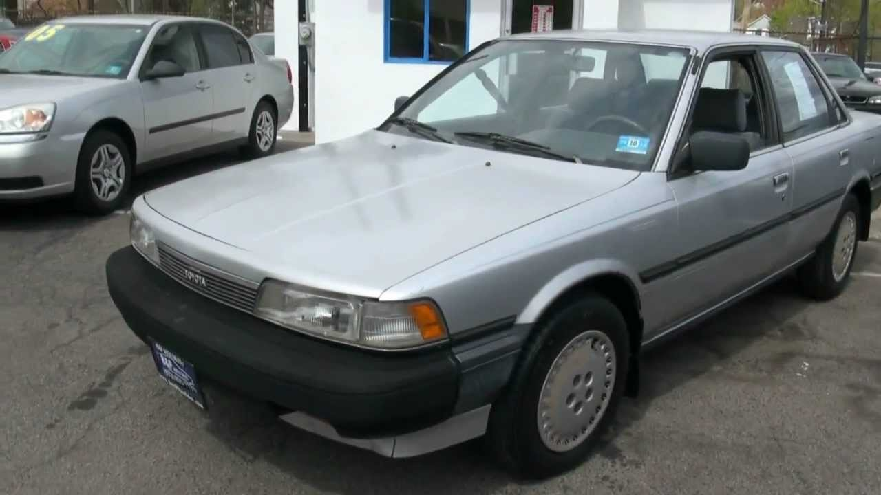 1988 Toyota Camry Dx Sedan