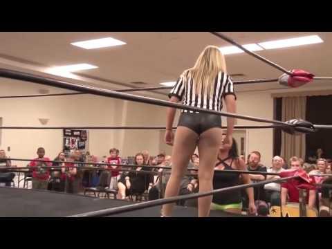 Women Wrestling. Kacee Carlisle vs Jordynne Grace with Maria Manic