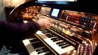 Easy Listening Dream Medley on Lowrey Stardust Organ